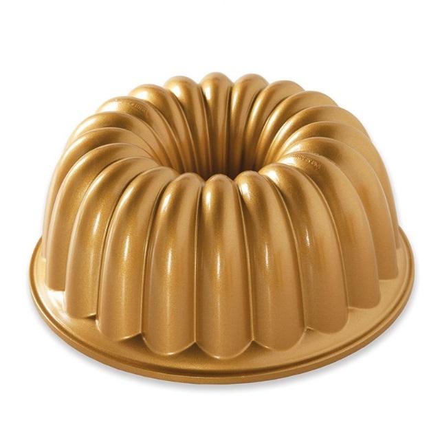 Nordic Ware Bábovka Elegant 10cup zlatá